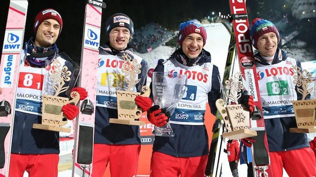 Poland delighted a crowd of more than 45,000 in winning the FIS Ski Jumping World Cup team gold on the home site of Zakopane ©FIS