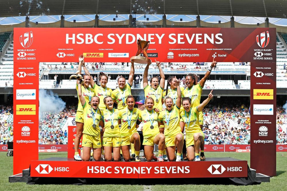 Australia's men and women mark Australia Day weekend by winning Sydney Sevens finals