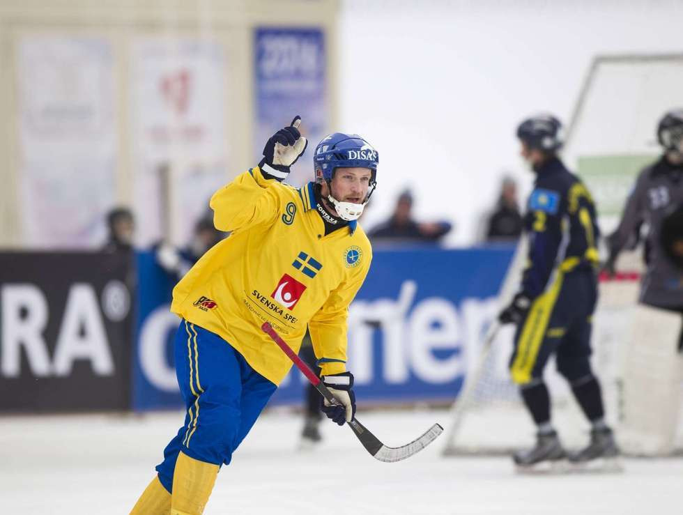 Sweden and Russia continue good form at Men's Bandy World Championship