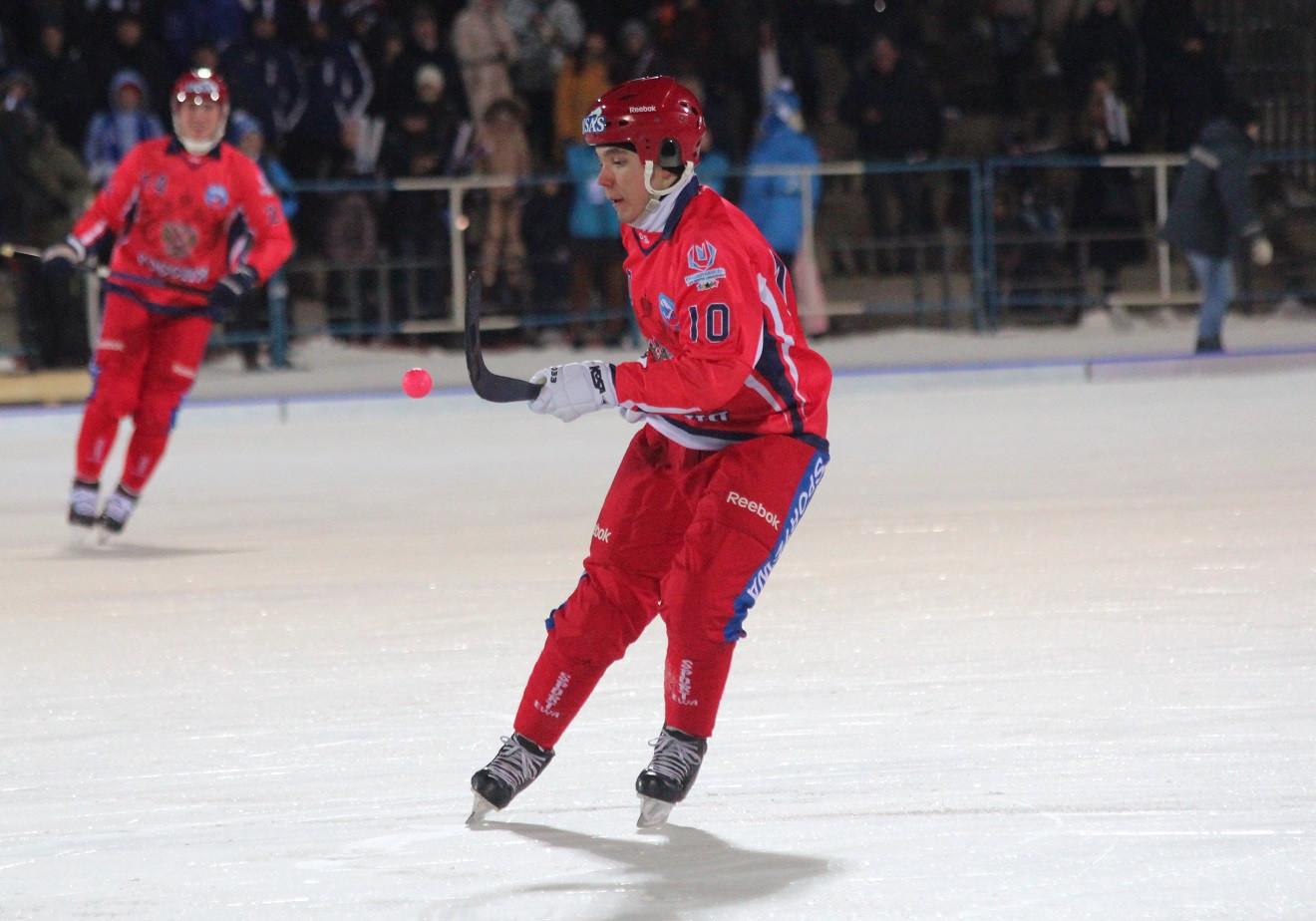 Almaz Mirgazov scored the winning goal for Russia against Finland ©RusBandy