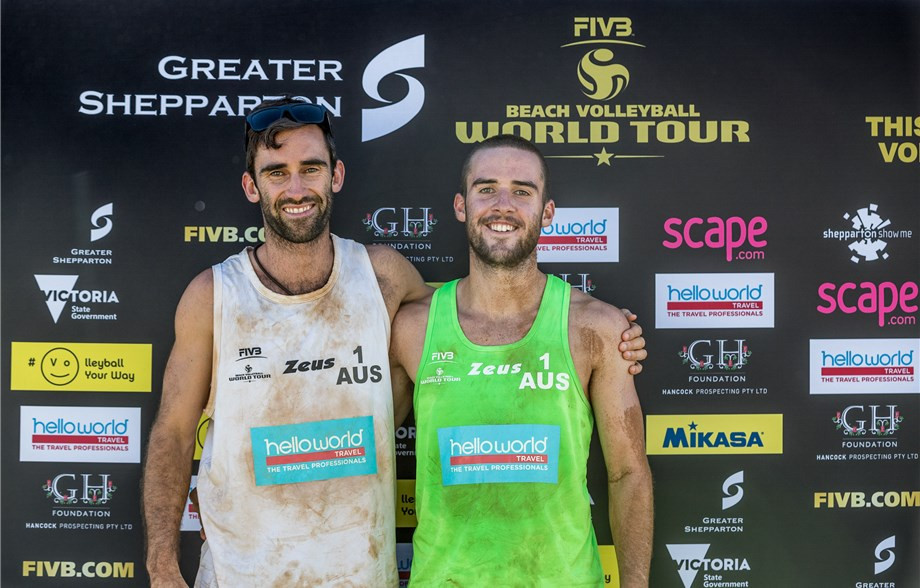 Damien Schumann, left, defeated his brother Justin, right, at the FIVB Beach Volleyball World Tour in Shepparton ©FIVB