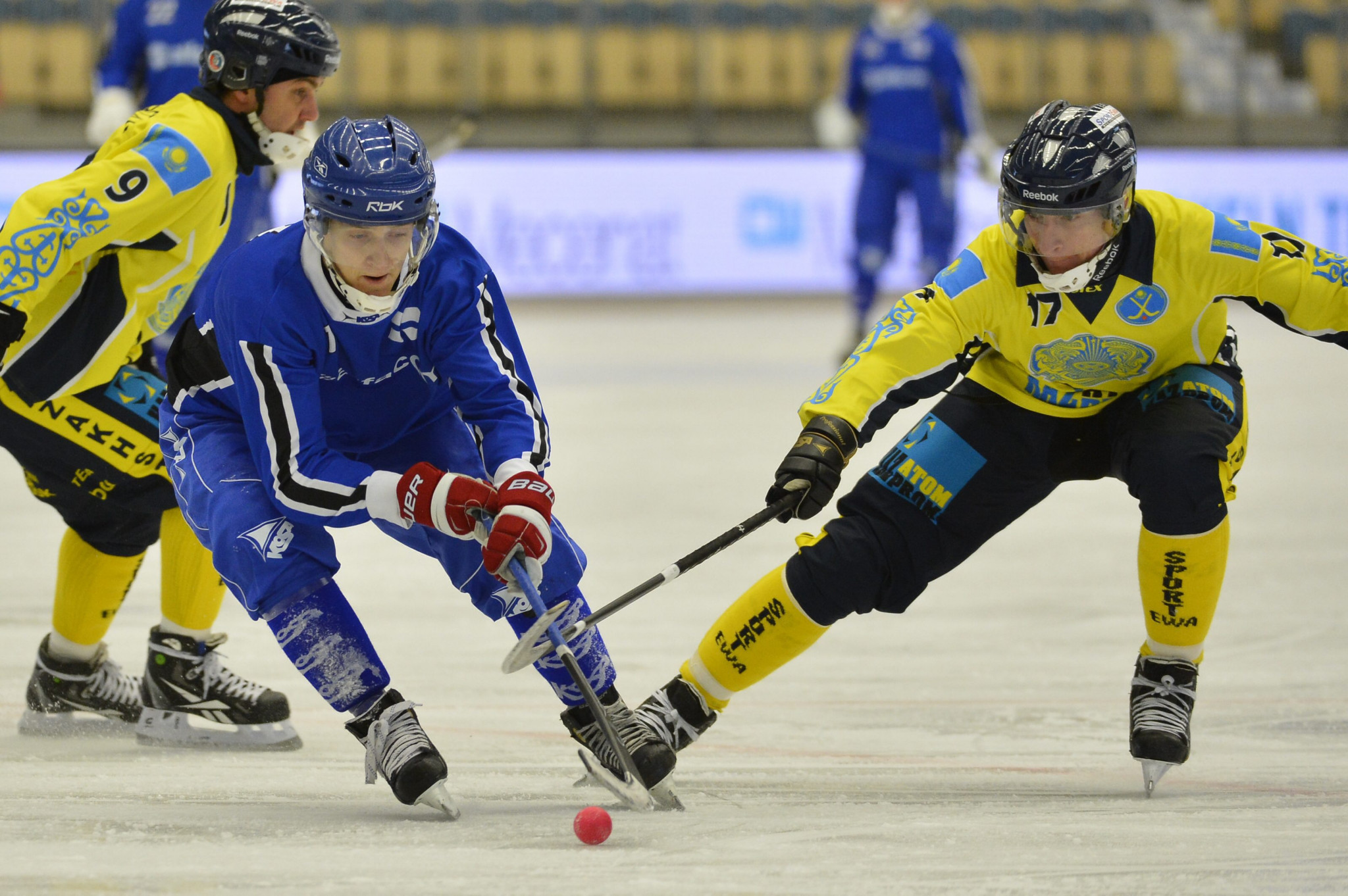 Semi-final line-ups decided at Men's Bandy World Championship