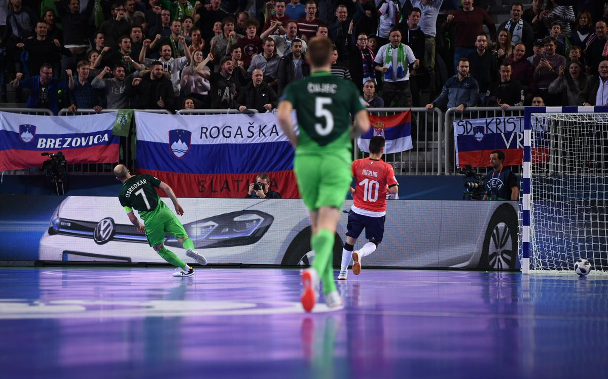 Igor Osredkar, number seven, scored two goals to book his side's place in the quarter-final ©UEFA