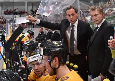 German men's ice hockey head coach signs contract extension