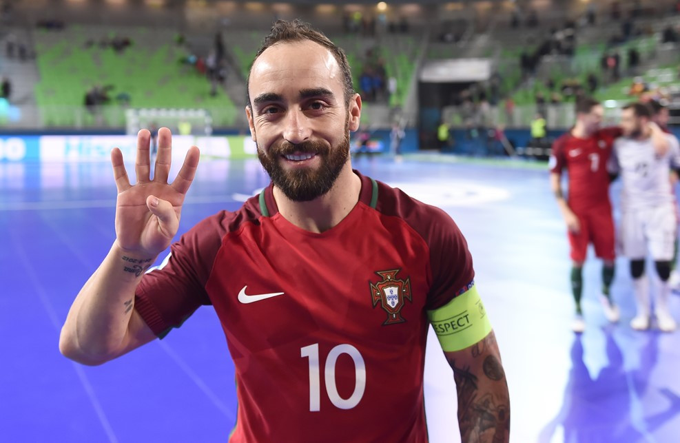 Ricardinho scored four goals as Portugal cruised past Azerbaijan ©UEFA