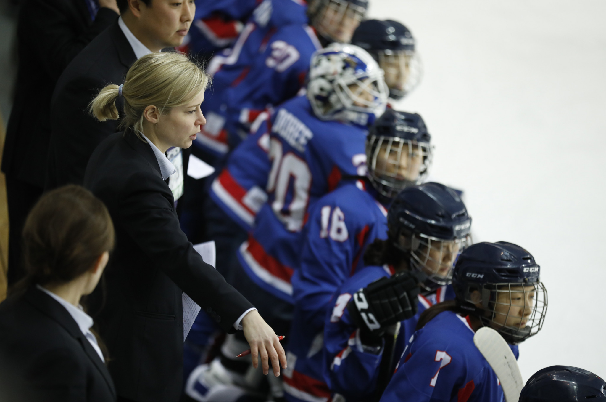 Korean ice hockey coach praises chemistry of unified team