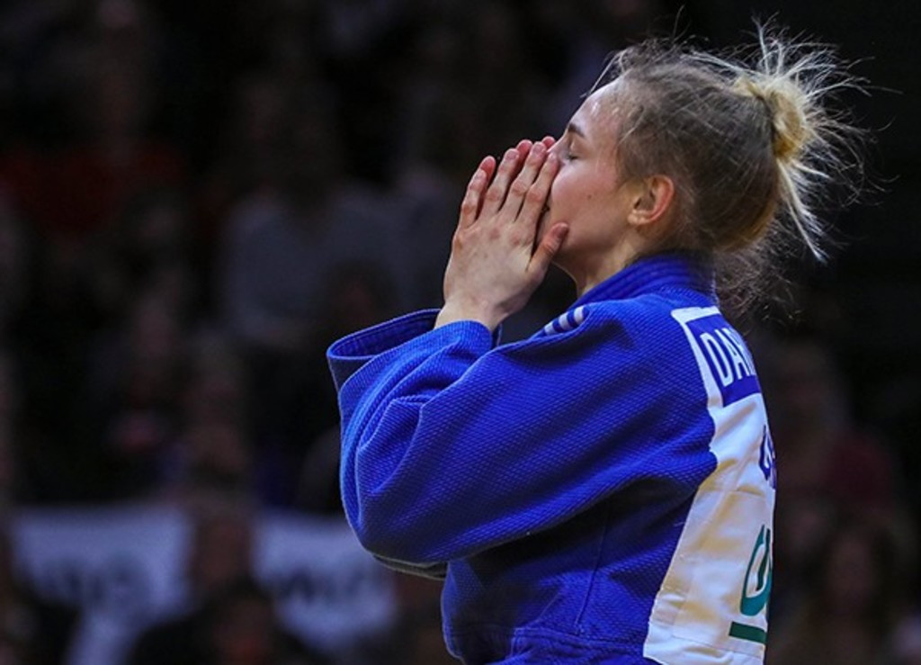 Teenagers Bilodid and Abe triumph at Paris IJF Grand Slam as Canada and Kosovo break new ground