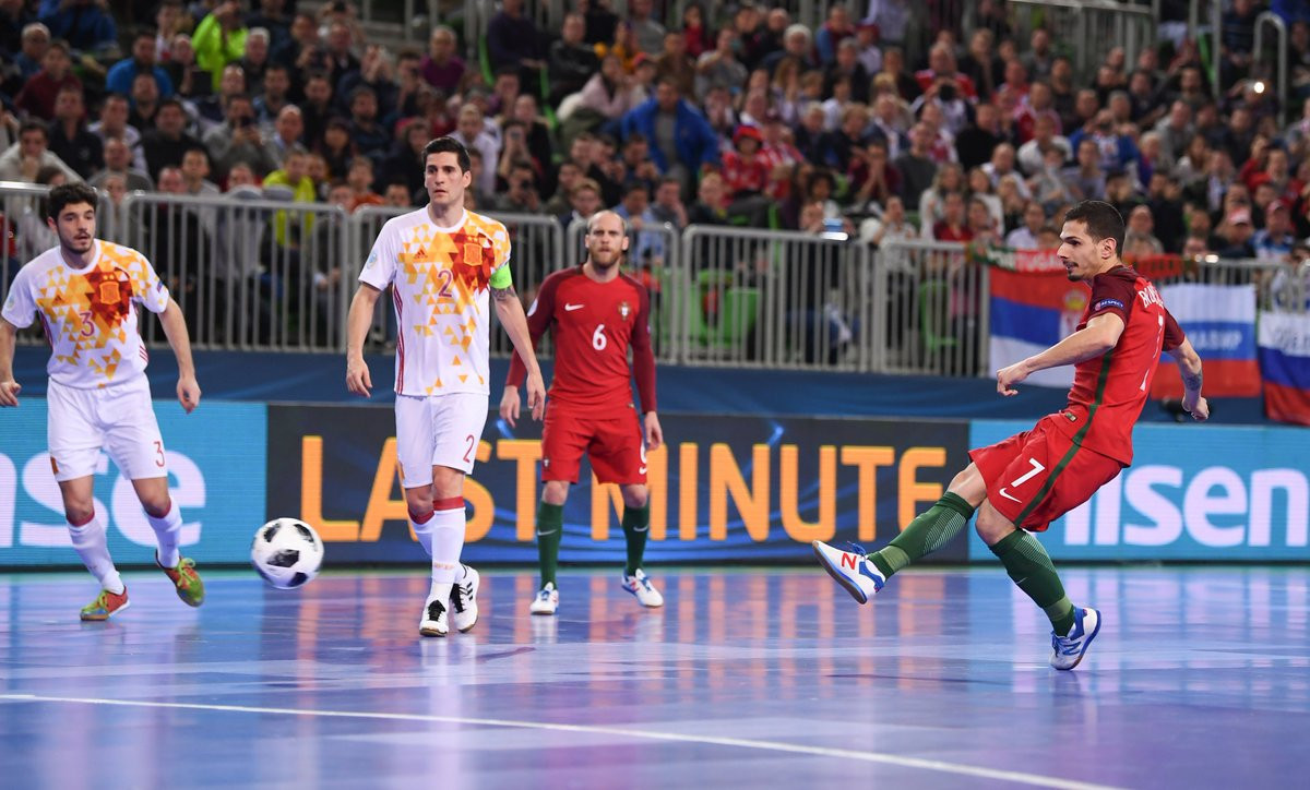 Bruno Coelho scored an extra-time penalty to give Portugal a 3-2 victory over neighbours Spain in the final of the UEFA Futsal Championship and a maiden title in the tournament ©UEFA