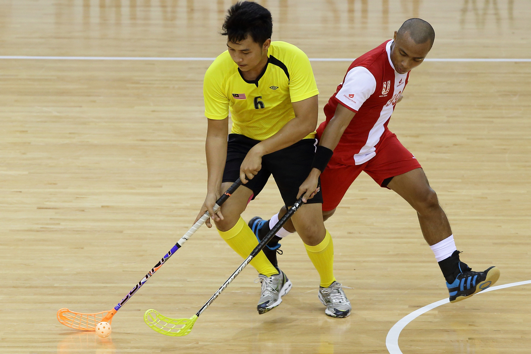 Canada halfway to IFF Men's World Championships after win over United States