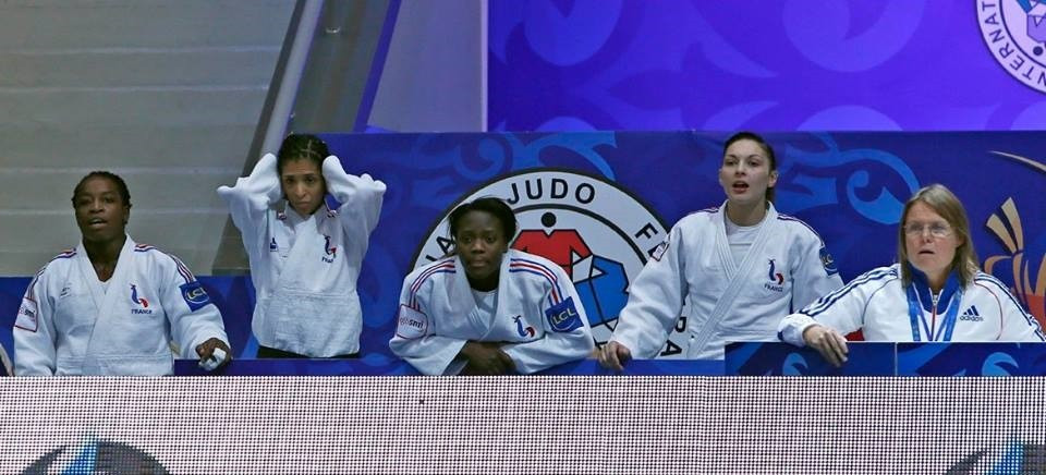 He could only watch though as defending champions France failed to defend their women's team title ©IJF