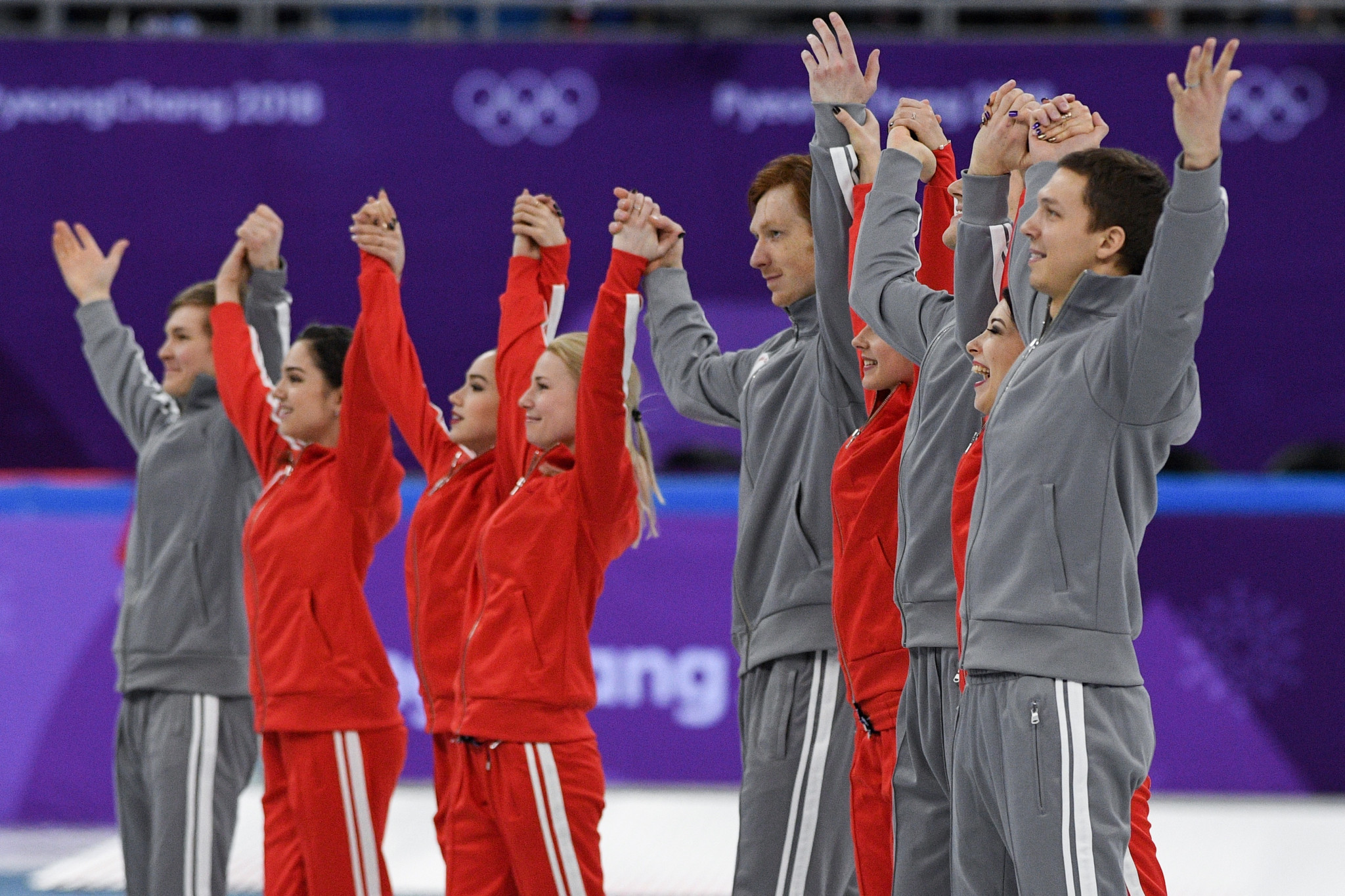Russian skaters lead respects as special mourning area created in Olympic Village after Moscow plane crash