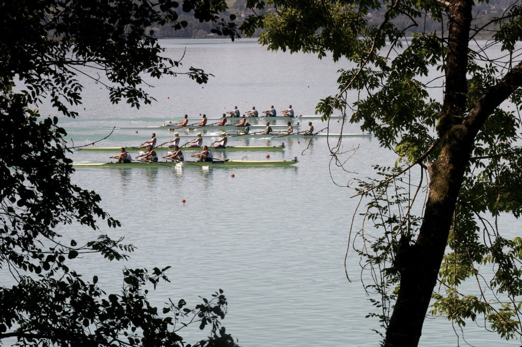 Picturesque conditions greeted the world's best rowers as the biggest event of the year opened