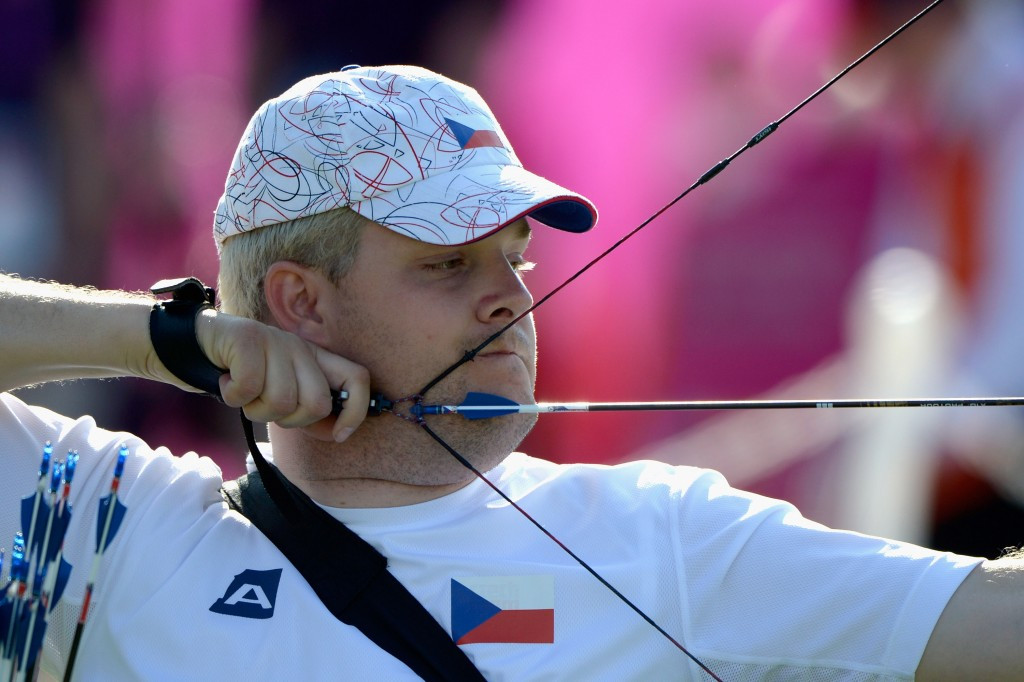 Gold for Czech Drahoninsky on final day of World Para Archery Championships as Great Britain claim podium sweep