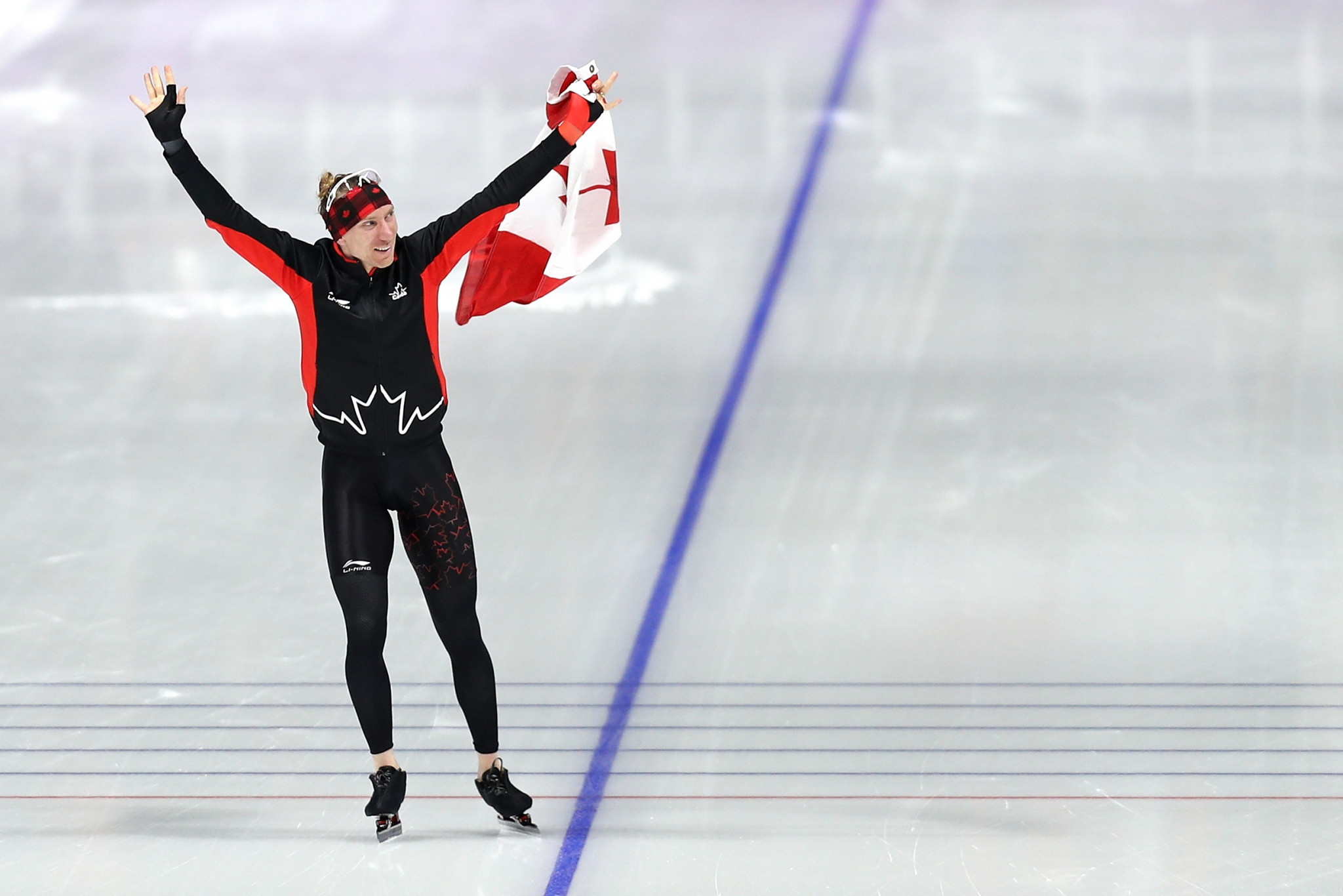 Winter Olympics: Ted-Jan Bloemen sets Olympic record to take 10000m gold