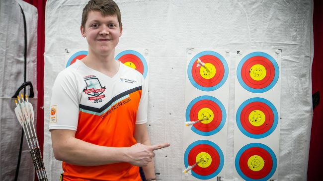 Van der Berg achieves European record on opening day of World Archery Indoor Championships