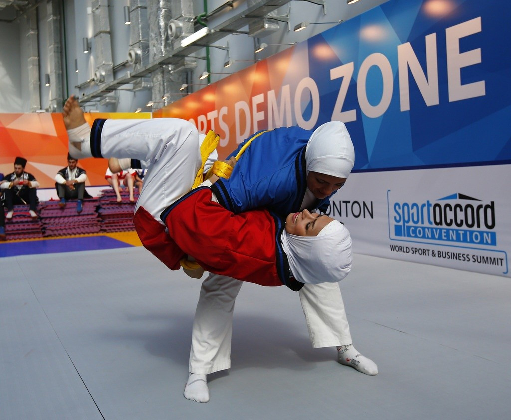 Iranian women's belt wrestling was exhibited at the SportAccord Convention ©UWW