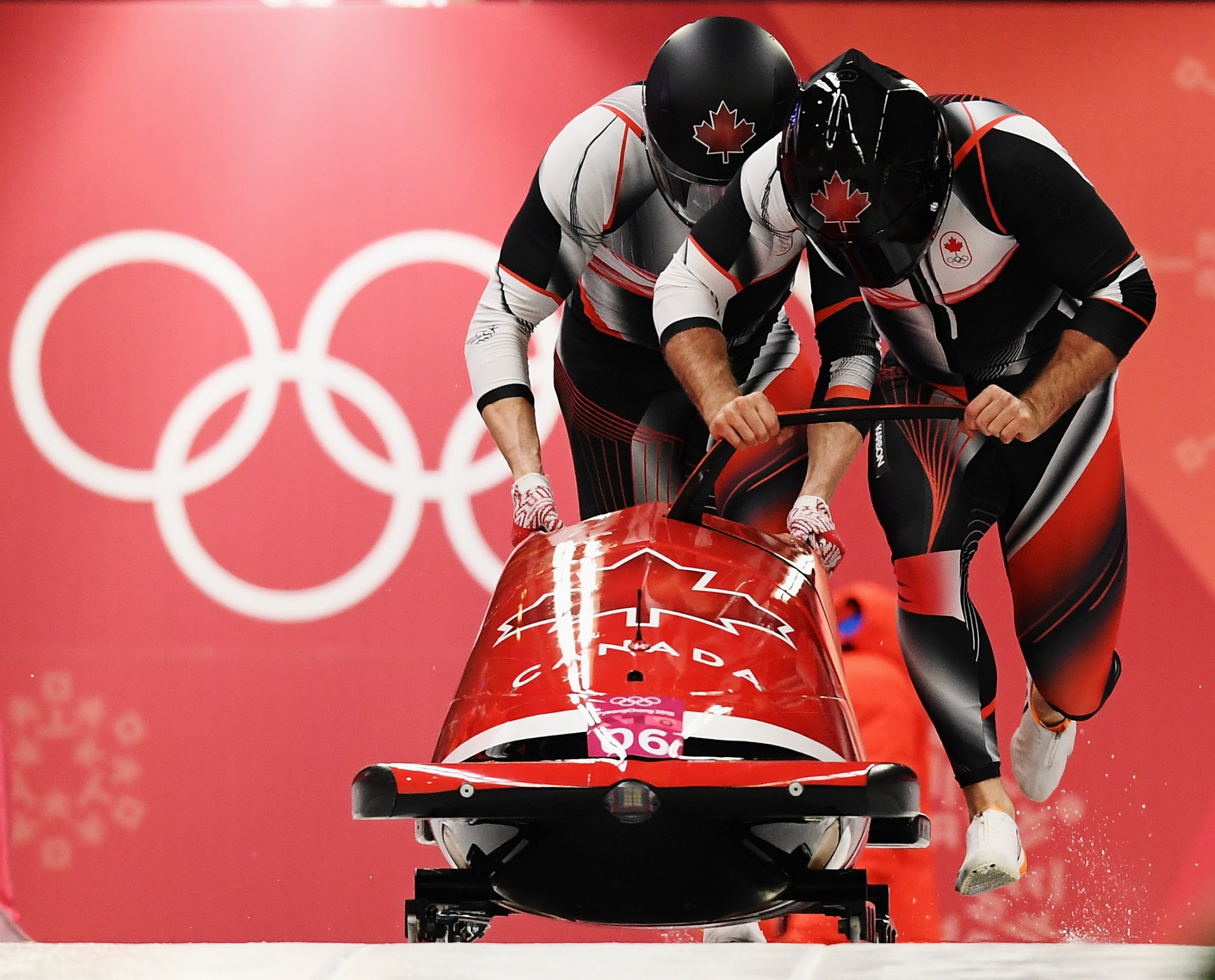 The Canadian duo recorded the same time as their German rivals to share the gold medal ©Getty Images