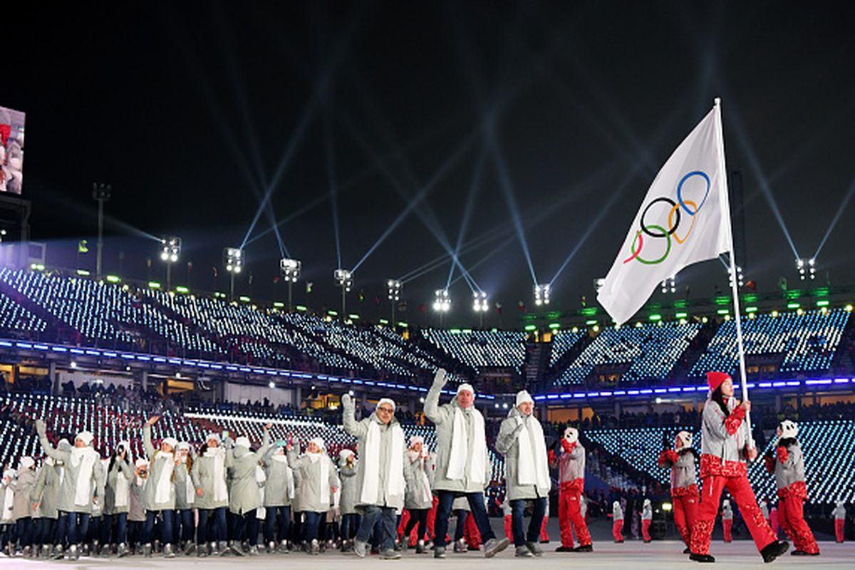 Russian athletes hope to be able to march under their own flag at the Closing Ceremony of Pyeongchang 2018 ©Getty Images