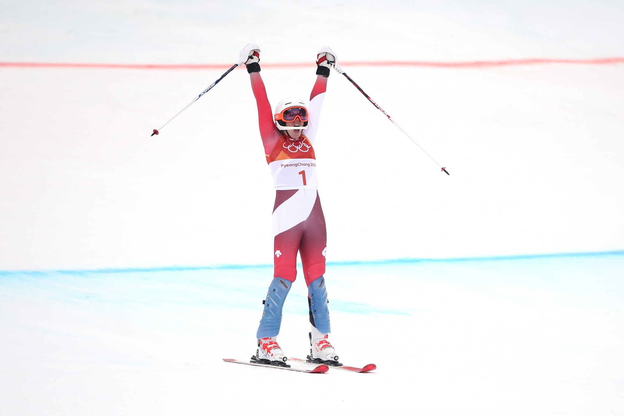 Gisin holds off Shiffrin to claim women's Alpine combined gold at Pyeongchang 2018