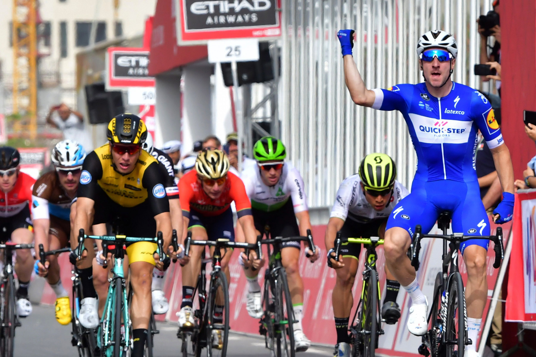 Viviani assumes race lead after winning second stage of Abu Dhabi Tour