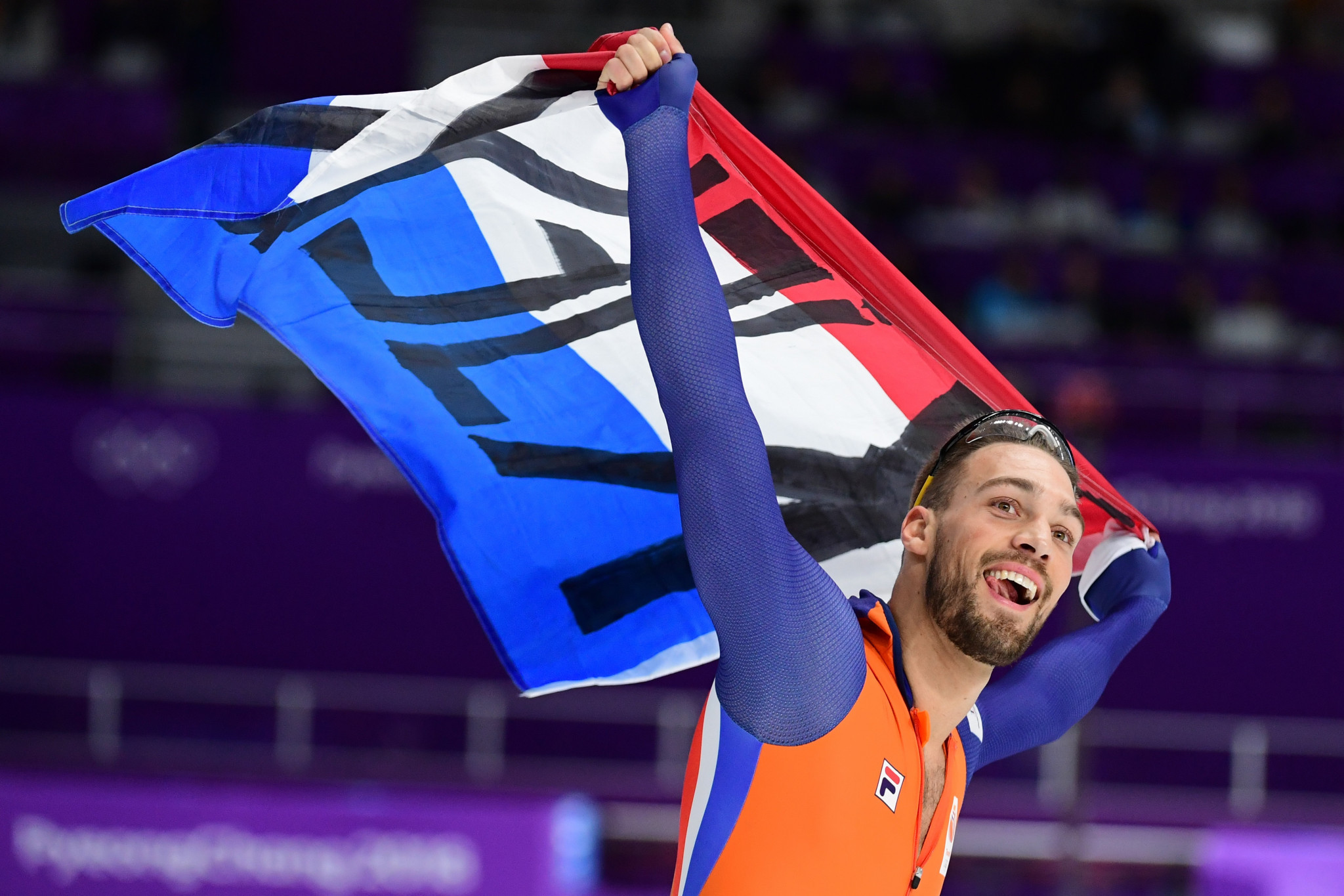 Dutchman becomes only third speed skater in Olympic history to compete 1,000m and 1,500m double