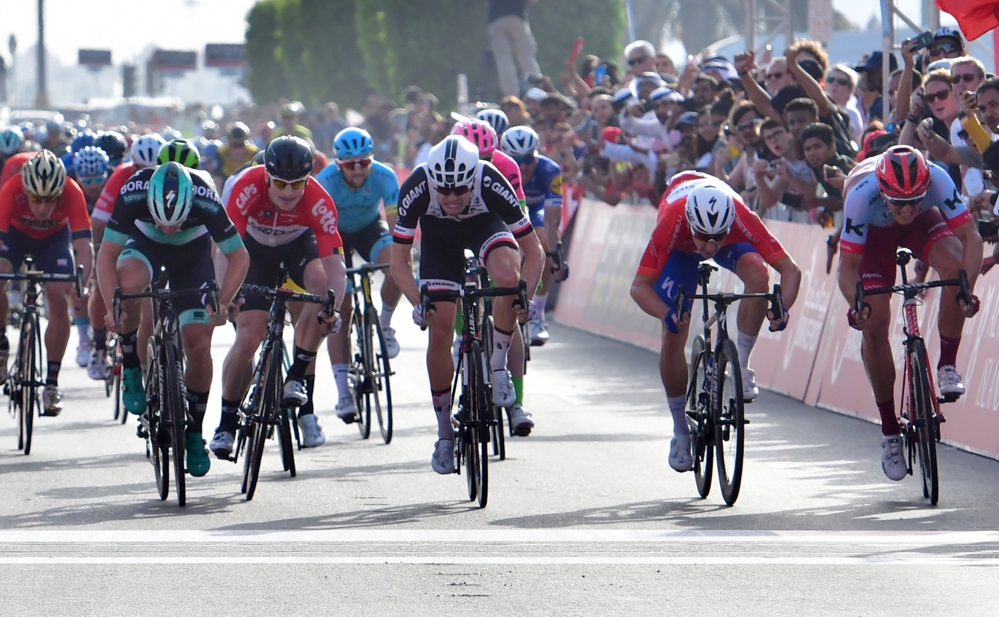 Bauhaus holds off late Kittel surge to win third stage of Abu Dhabi Tour