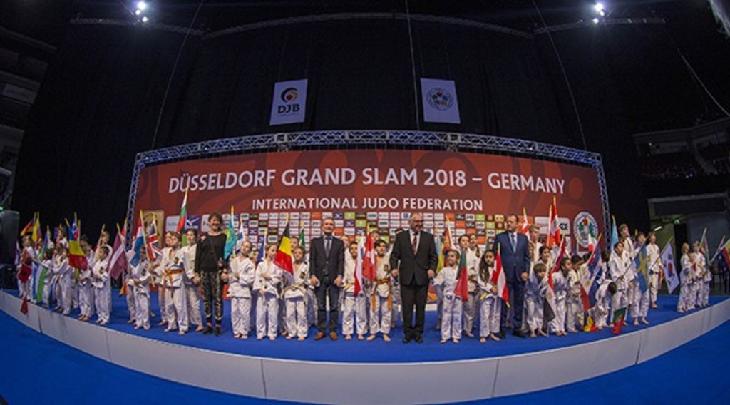 Japan add two more golds but Iran and Slovenia also enjoy second day of first IJF Düsseldorf Grand Slam