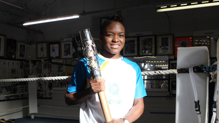 Nicola Adams visited her first boxing club in Leeds when she carried the Queen's Baton during the build-up to Glasgow 2014 ©Glasgow 2014