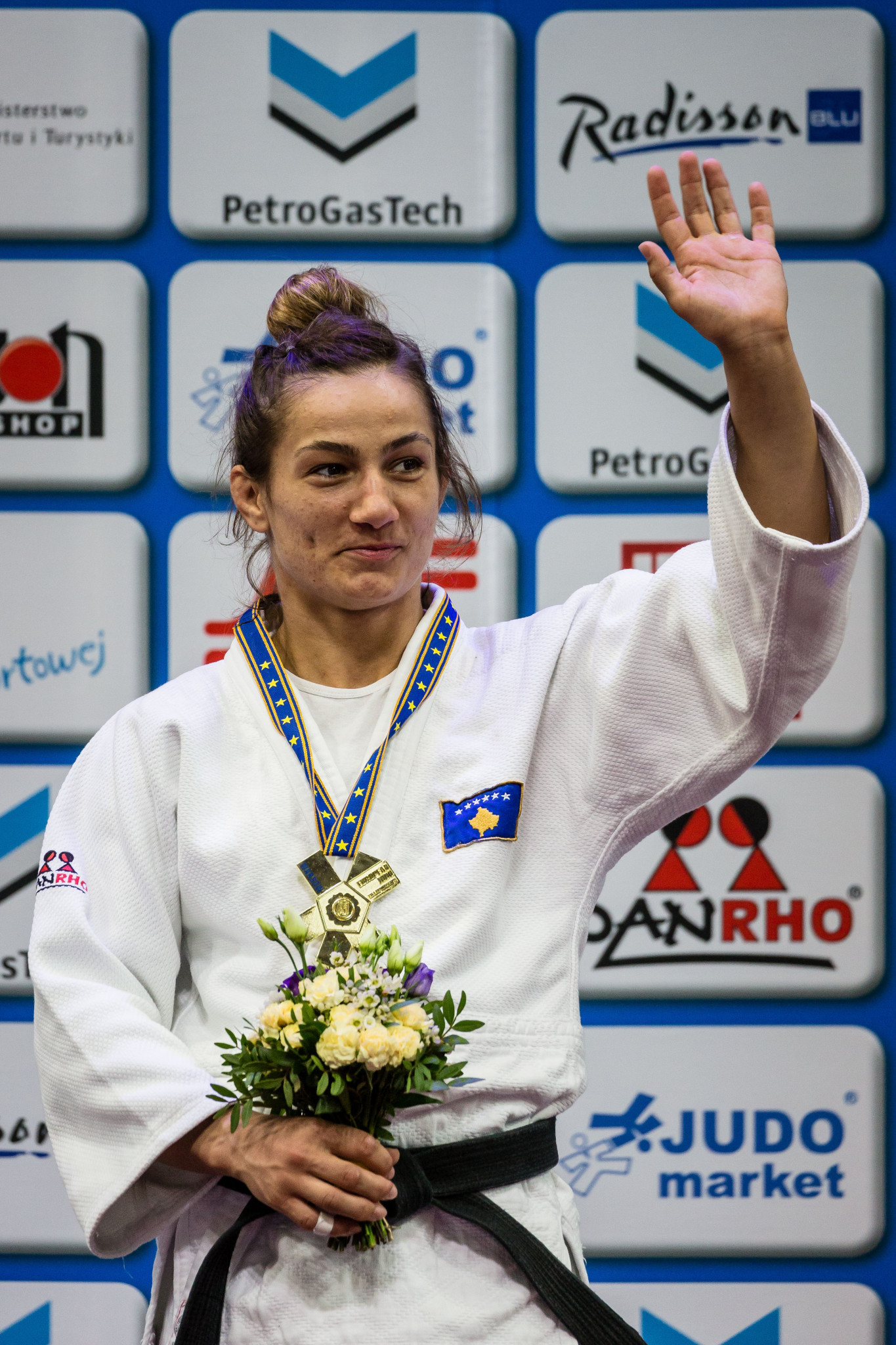 Judo gold medallist attends Olympic Festival in Kosovo