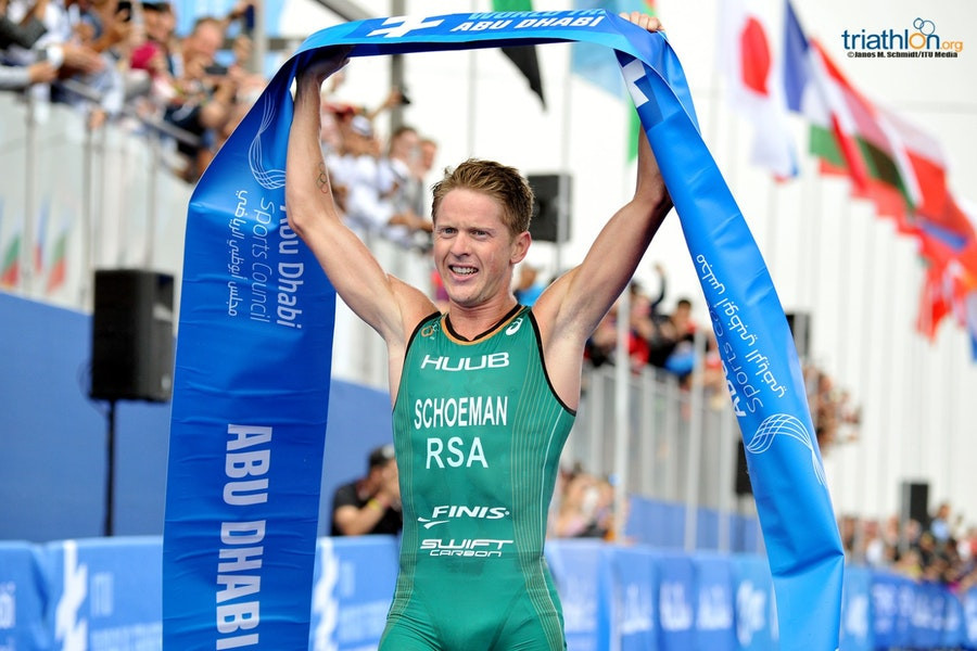 Schoeman a gun-to-tape winner as World Triathlon Series has crash-start in Abu Dhabi