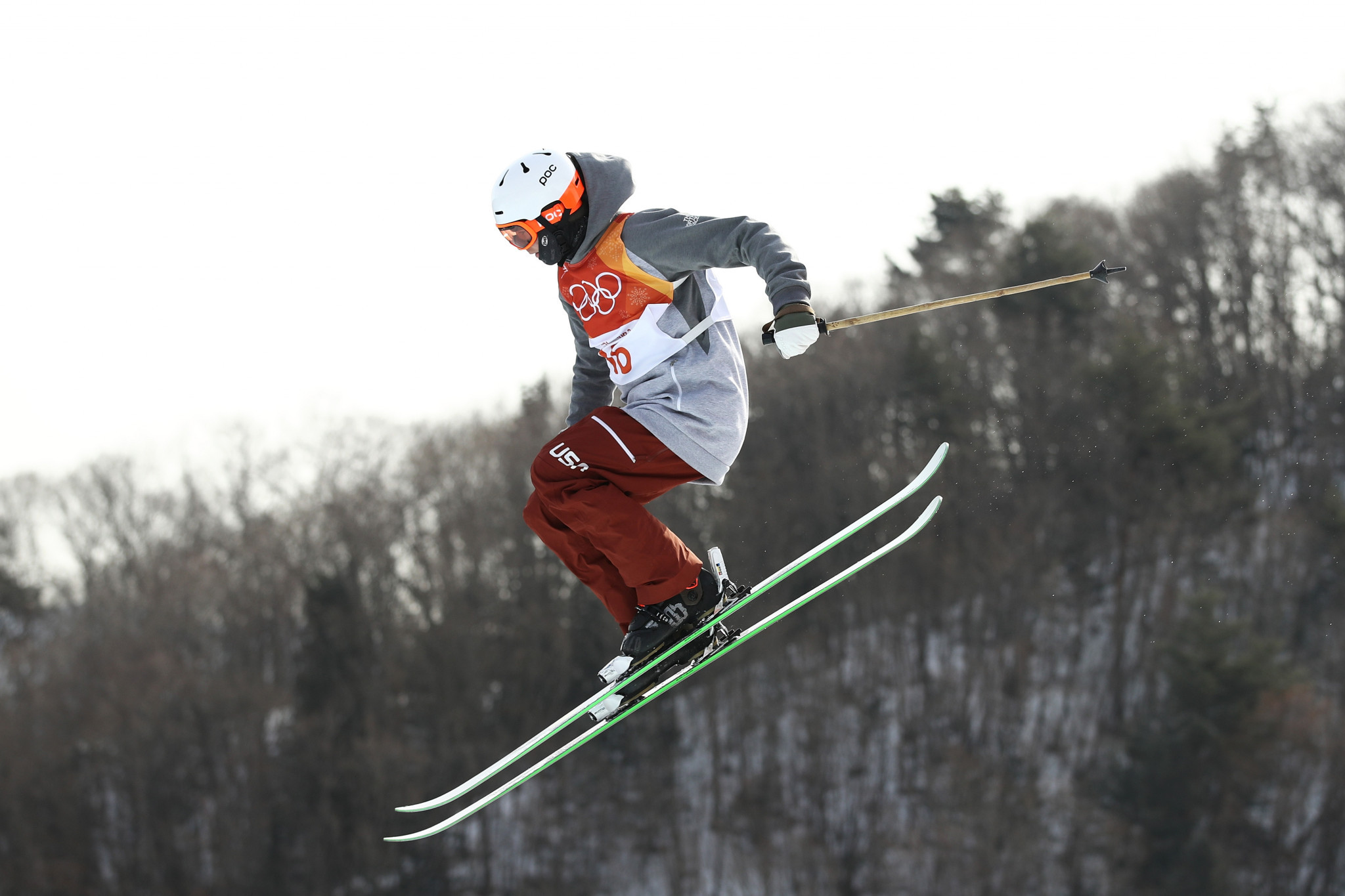 Hall leads qualifiers as FIS Ski Slopestyle World Cup season resumes