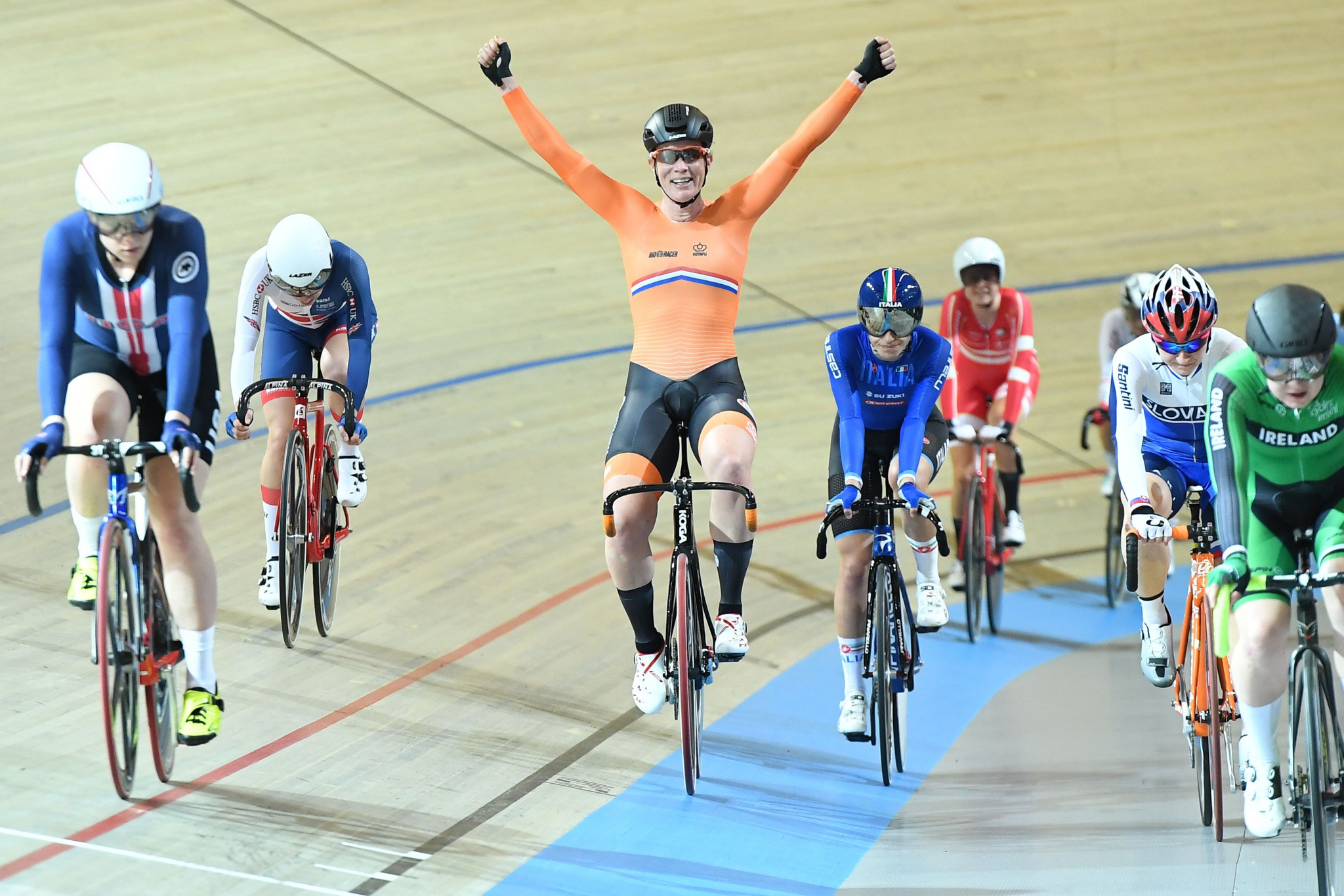 Wild earns gold again at UCI Track World Championships as Vogel matches Meares milestone
