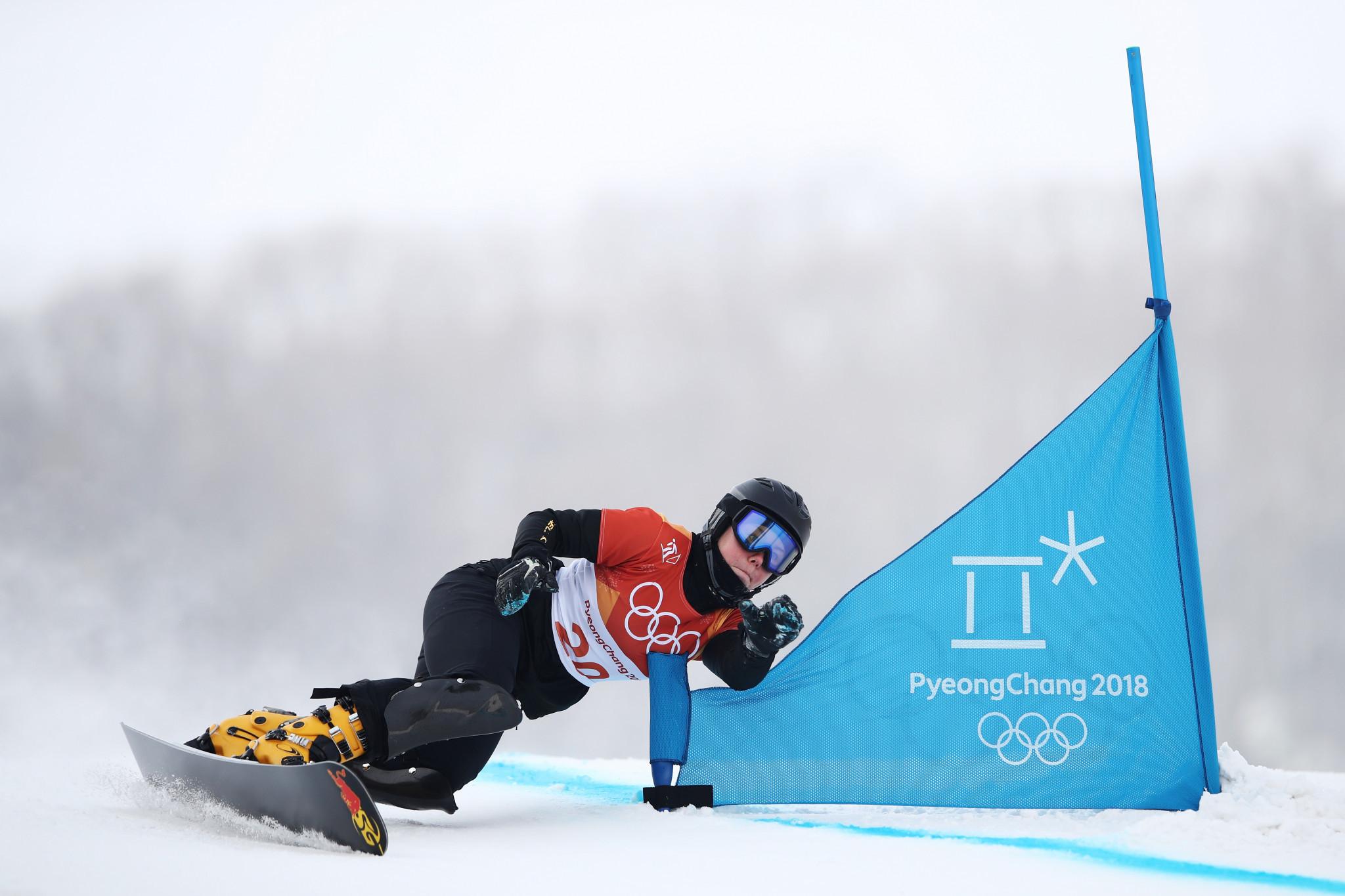 Ledecká denied triumphant return to FIS Snowboard World Cup as Bykova wins parallel giant slalom