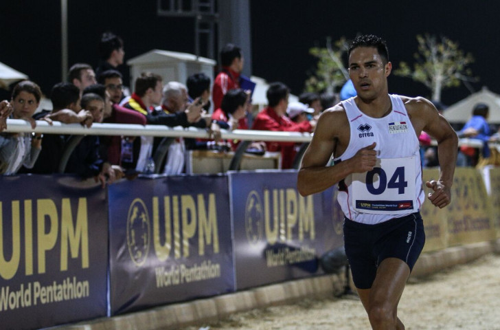 Christopher Patte beat his more favoured French team-mate, 2016 world champion Valentin Belaud, to win the UIPM World Cup event in Cairo thanks to an outstanding performance in the laser-run ©UIPM
