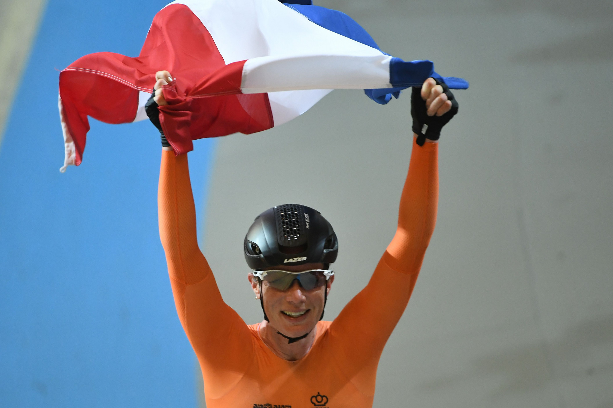 Wild completes golden hat-trick as hosts end on top at UCI Track World Championships