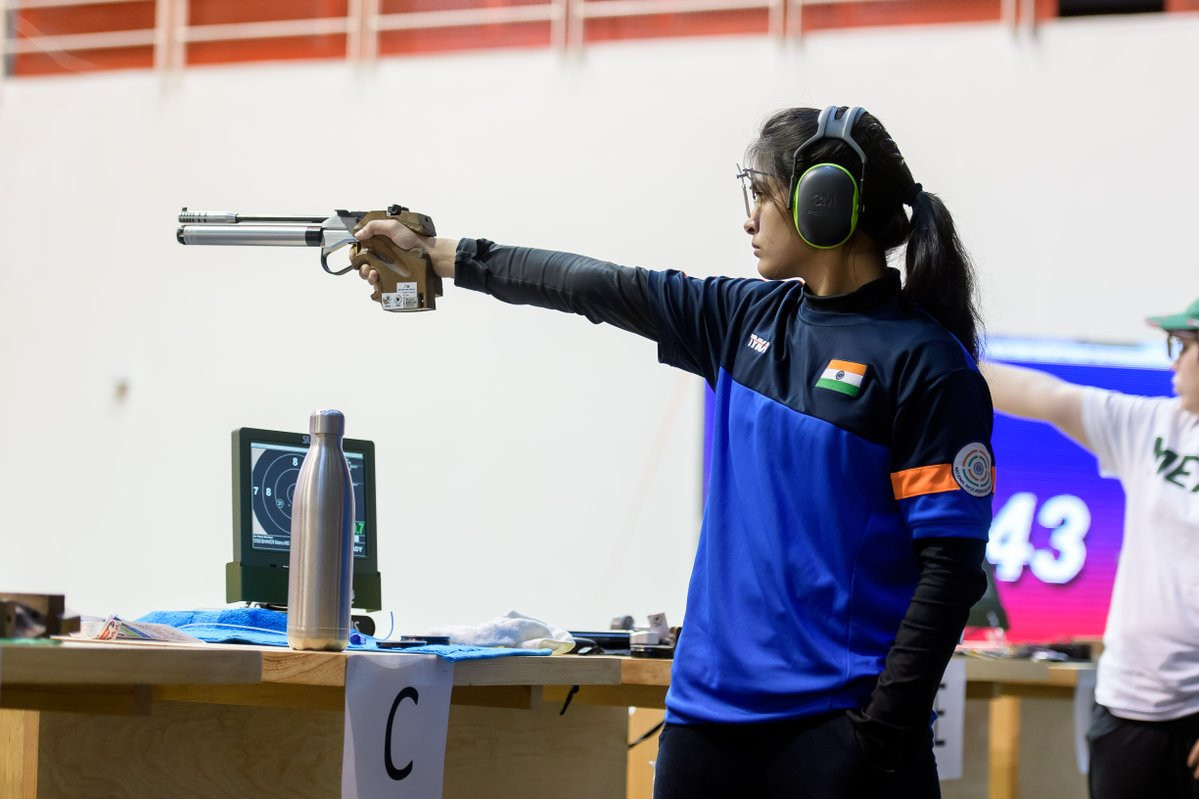 Manu Bhaker claimed Indian gold in the ISSF World Cup event ©ISSF