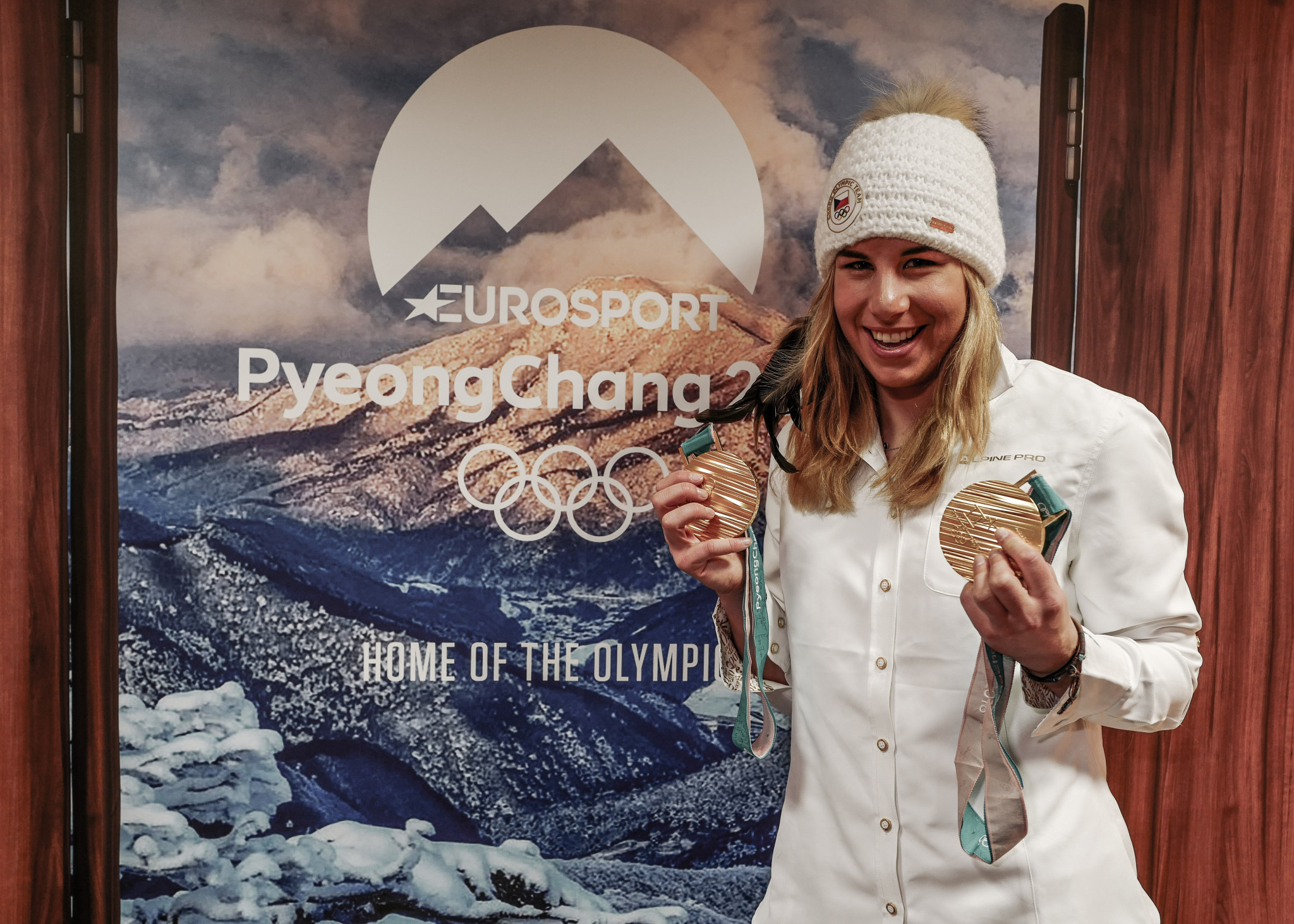 Eurosport welcomed a host of Olympic champions to their studios during Pyeongchang 2018, including historic skiing and snowboarding gold medallist Ester Ledecka ©Getty Images/Eurosport